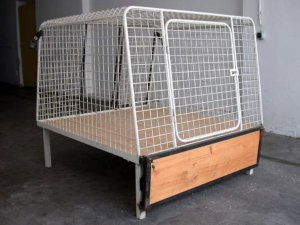 auto hundek fig zu verkaufen. Black Bedroom Furniture Sets. Home Design Ideas